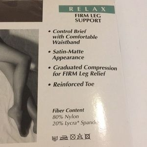 Levante Accessories - Levante Relax Firm Leg Support Tights Size Small